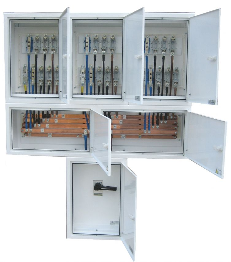 ELECTRIFIED COLUMN BOARDS WITH SIX THREE-PHASE OUTPUT WITH MAIN SWITCH 125 AMPS